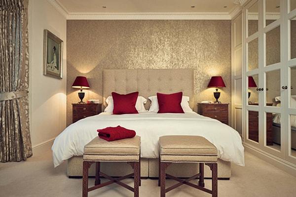 Trang trí phòng ngủ cho cặp đôi thêm thăng hoa, hạnh phúc
