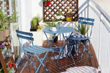 Bộ bàn ghế ban công chung cư bằng sắt đơn giản