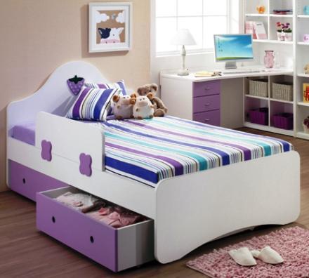 Giường ngủ cho bé gái 5 tuổi thiết kế ngăn kéo tiện dụng