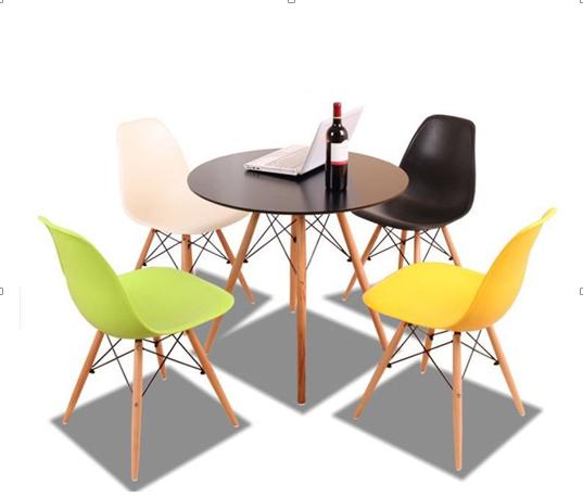 Bàn ghế nhựa café chân gỗ